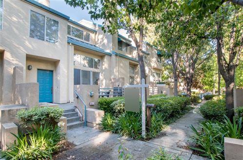 Photo of 434 Galleria Drive #7, SAN JOSE, CA 95134 (MLS # ML81850817)