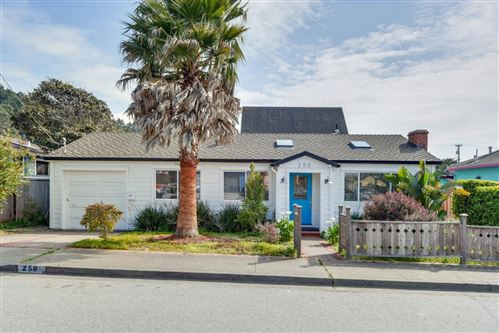 Photo of 250 Moana PL, PACIFICA, CA 94044 (MLS # ML81788818)