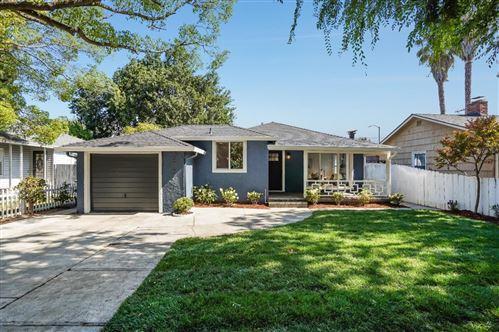 Photo of 3749 Hoover Street, REDWOOD CITY, CA 94063 (MLS # ML81858818)