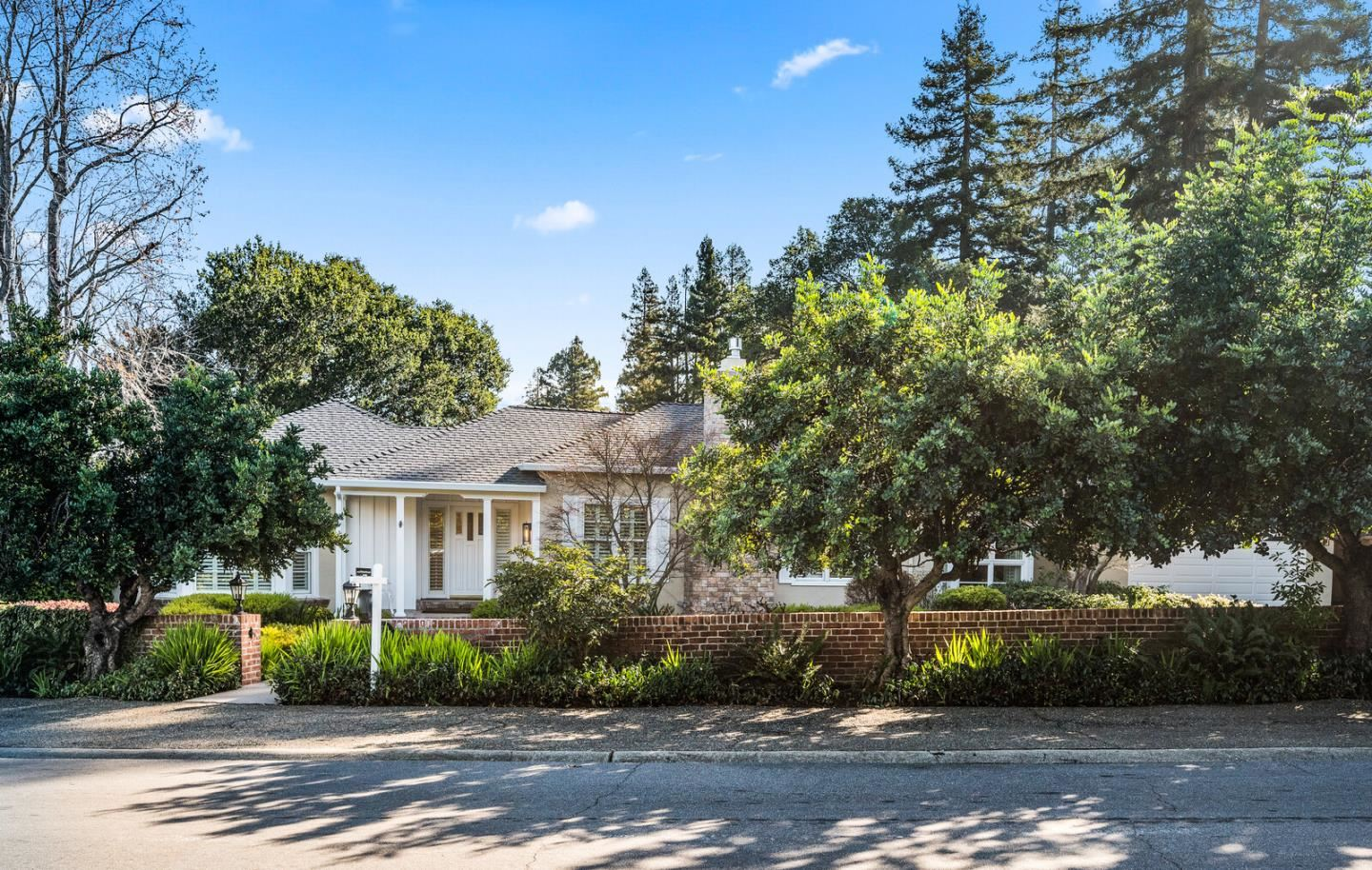 Photo for 1715 Forest View AVE, HILLSBOROUGH, CA 94010 (MLS # ML81826818)