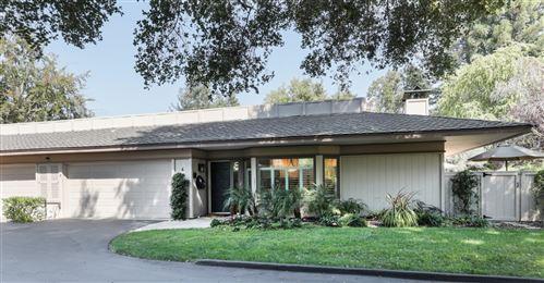 Photo of 4 Bay Tree LN, LOS ALTOS, CA 94022 (MLS # ML81814821)