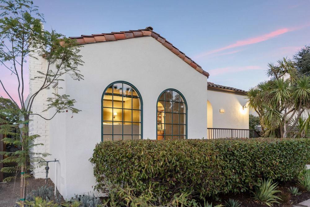 Photo for 1366 De Soto AVE, BURLINGAME, CA 94010 (MLS # ML81817821)