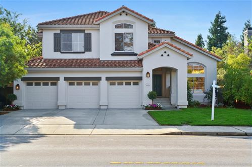 Photo of 50 Lakewood CIR, SAN MATEO, CA 94402 (MLS # ML81814822)