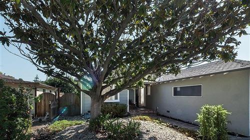 Photo of 441 Sapphire Street, REDWOOD CITY, CA 94062 (MLS # ML81853822)