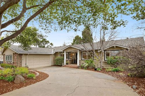 Photo of 1555 Wistaria LN, LOS ALTOS, CA 94024 (MLS # ML81830823)