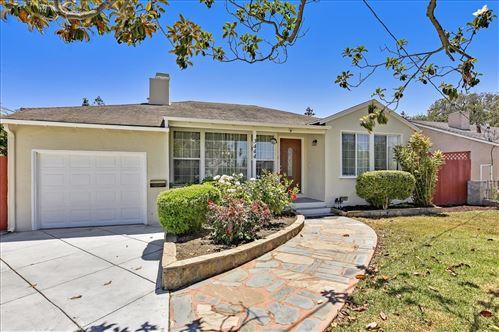 Photo of 3444 Spring Street, REDWOOD CITY, CA 94063 (MLS # ML81854824)