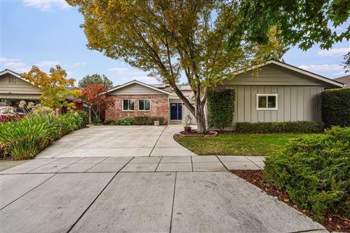 Photo of 813 Harvard Avenue, SUNNYVALE, CA 94087 (MLS # ML81867826)