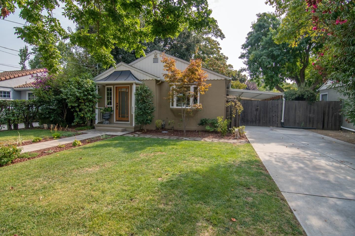 Photo for 618 Hawthorne AVE, CAMPBELL, CA 95008 (MLS # ML81814830)