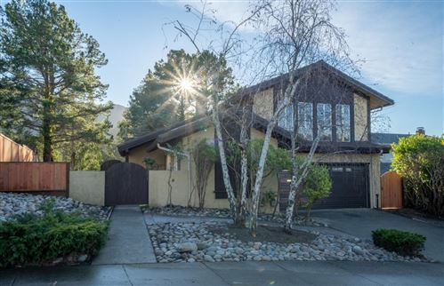 Photo of 935 Park Pacifica AVE, PACIFICA, CA 94044 (MLS # ML81825831)
