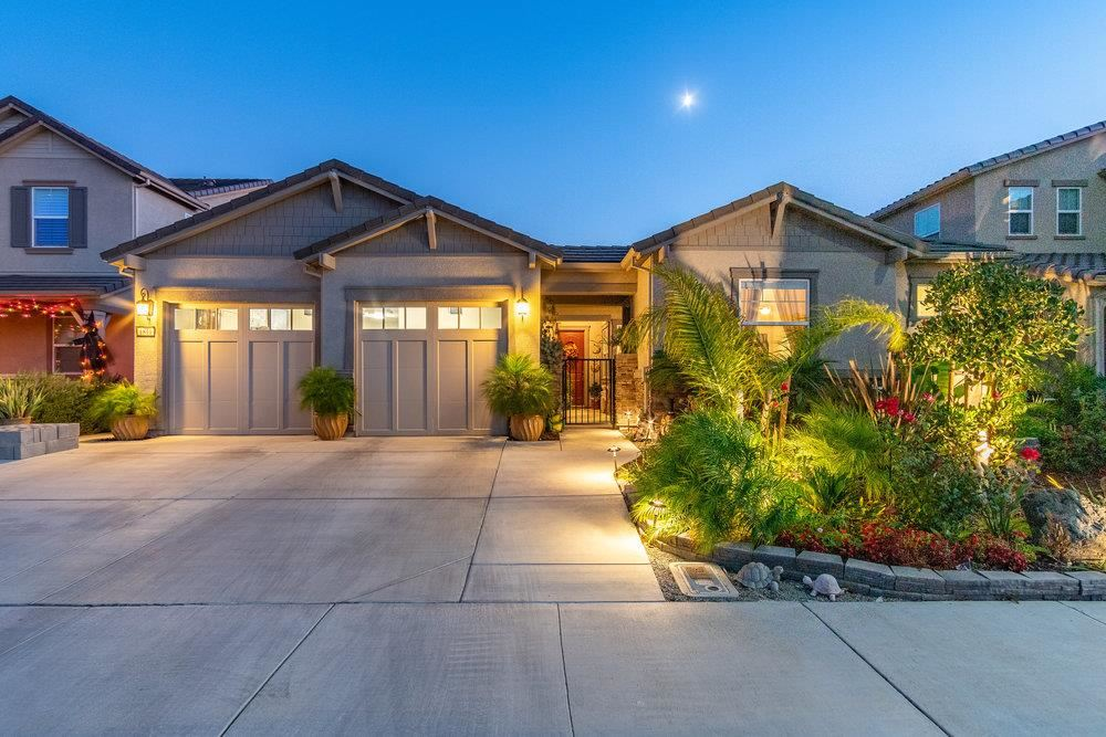 Photo for 1811 Sage Drive, HOLLISTER, CA 95023 (MLS # ML81866832)