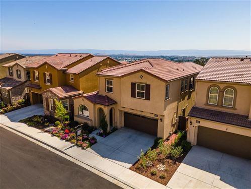 Photo of 30053 Mountain View Drive, HAYWARD, CA 94544 (MLS # ML81853834)