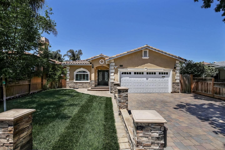 Photo for 18771 Barnhart Avenue, CUPERTINO, CA 95014 (MLS # ML81846834)