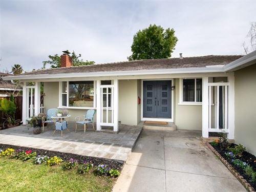 Photo of 6074 Foothill Glen DR, SAN JOSE, CA 95123 (MLS # ML81830838)