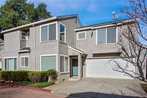 Photo of 20630 Blossom CMN, HAYWARD, CA 94541 (MLS # ML81782841)