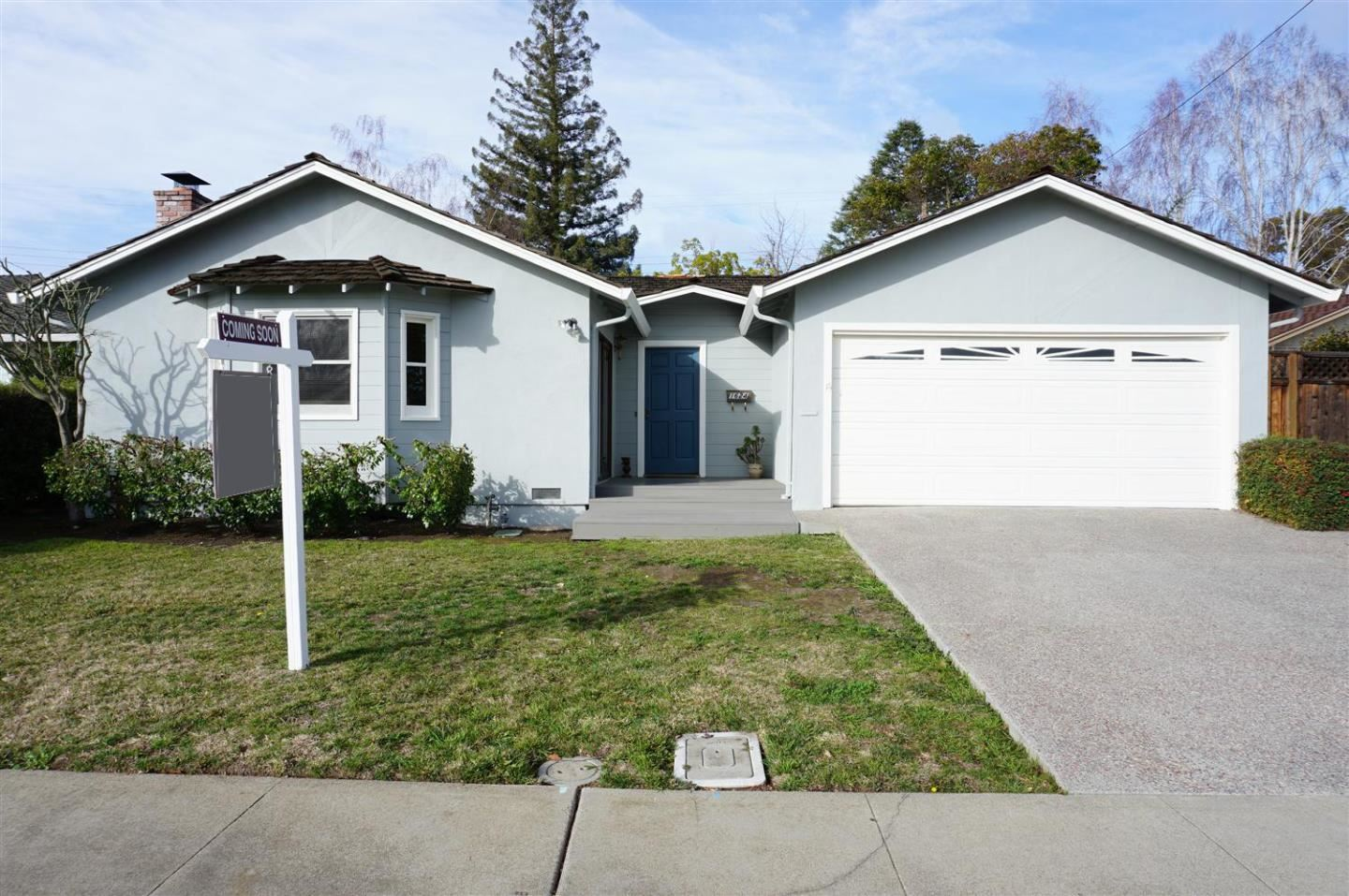 Photo for 1624 Yale DR, MOUNTAIN VIEW, CA 94040 (MLS # ML81829841)