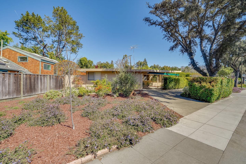 Photo for 869 E Meadow DR, PALO ALTO, CA 94303 (MLS # ML81837841)