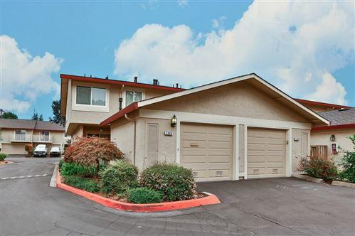 Photo of 1320 Charmwood SQ, SAN JOSE, CA 95117 (MLS # ML81812842)