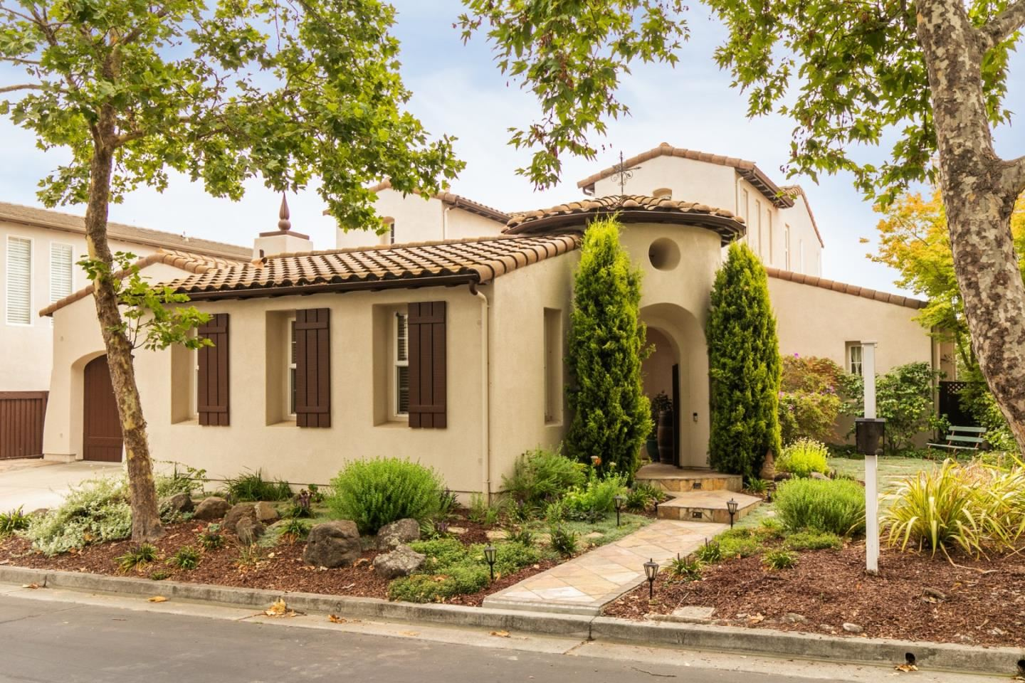 Photo for 2441 Club DR, GILROY, CA 95020 (MLS # ML81810843)
