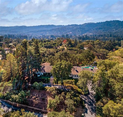 Photo of 127 Ramoso RD, PORTOLA VALLEY, CA 94028 (MLS # ML81819845)