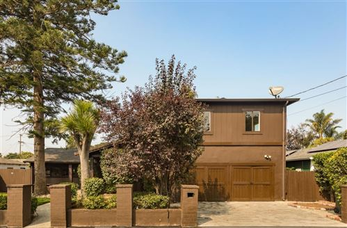 Photo of 2265 Oakwood DR, EAST PALO ALTO, CA 94303 (MLS # ML81811846)
