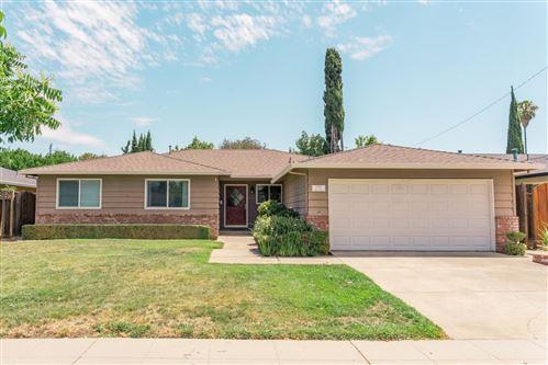Photo of 3392 Fawn Drive, SAN JOSE, CA 95124 (MLS # ML81855846)