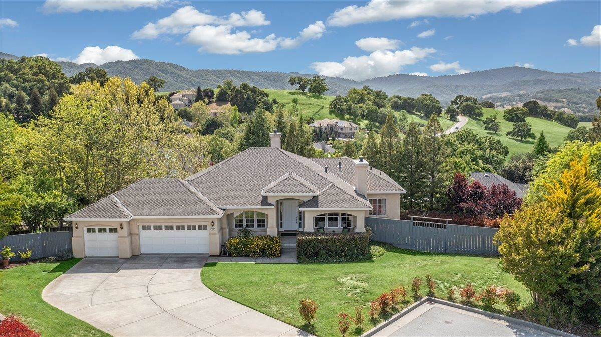 Photo for 2366 Sunflower Circle, GILROY, CA 95020 (MLS # ML81841846)