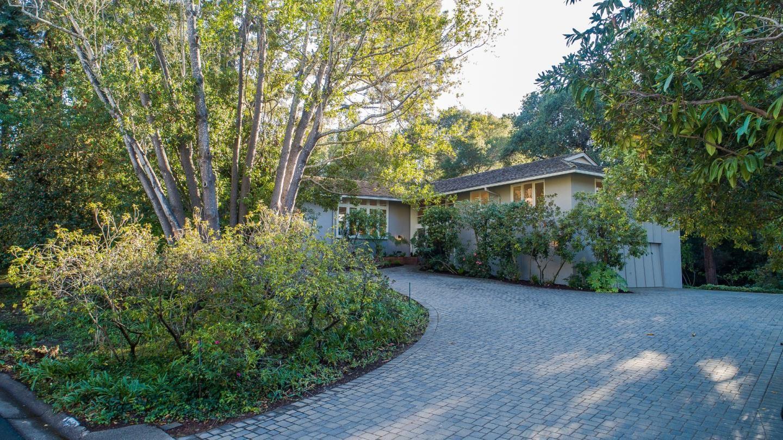 Photo for 165 Redwood DR, HILLSBOROUGH, CA 94010 (MLS # ML81816850)
