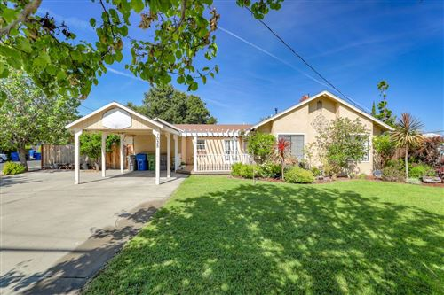 Photo of 1035 Virginia AVE, CAMPBELL, CA 95008 (MLS # ML81791852)