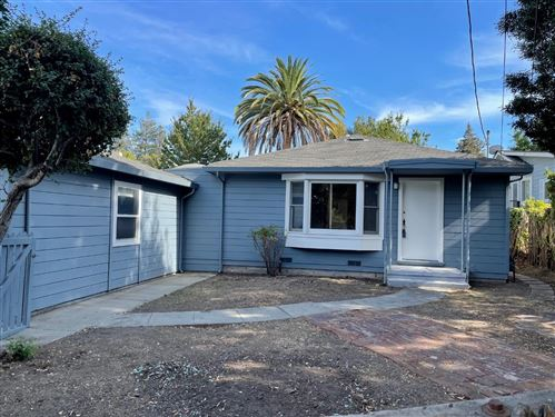 Photo of 1833 BARTON Street, REDWOOD CITY, CA 94061 (MLS # ML81865855)