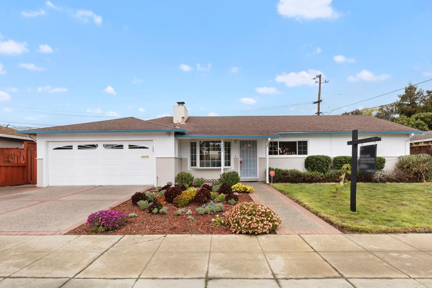 Photo for 502 Sterling View AVE, BELMONT, CA 94002 (MLS # ML81833856)