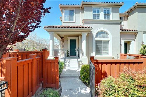 Photo of 365 Vista Roma WAY, SAN JOSE, CA 95136 (MLS # ML81837857)