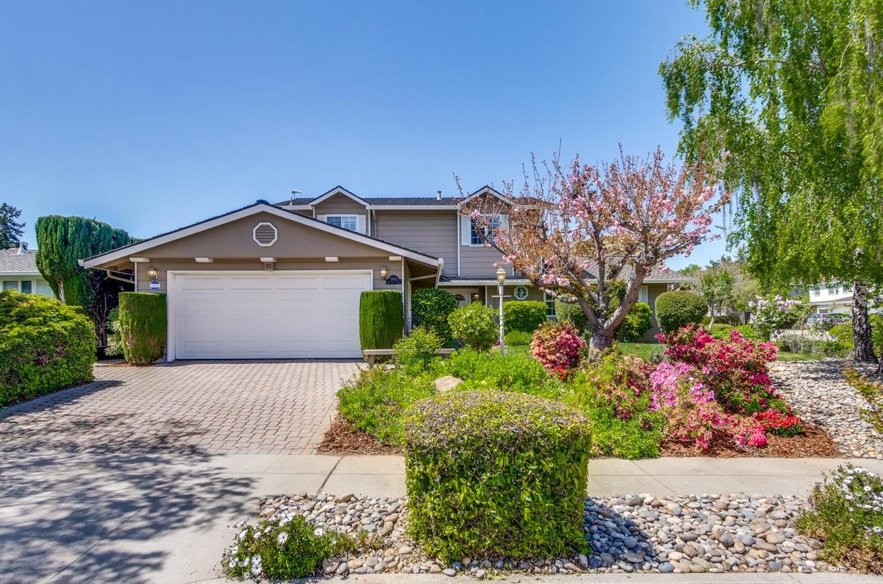 Photo for 11053 Bel Aire Court, CUPERTINO, CA 95014 (MLS # ML81839857)