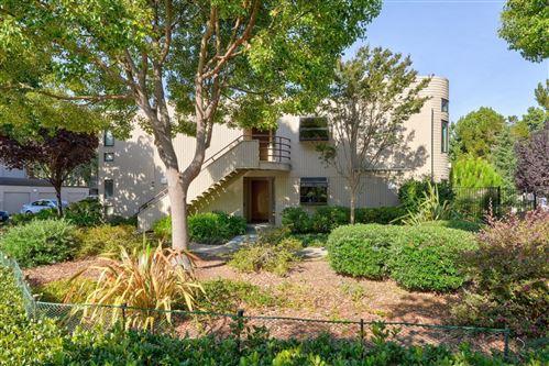 Photo of 928 Wright Avenue #401, MOUNTAIN VIEW, CA 94043 (MLS # ML81863859)