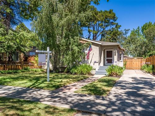 Photo of 1830 Brewster AVE, REDWOOD CITY, CA 94062 (MLS # ML81798865)
