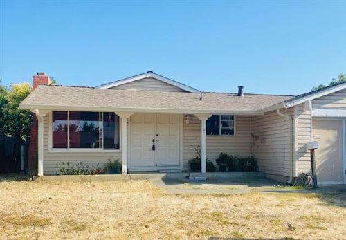 Photo of 2932 Remington Way, SAN JOSE, CA 95148 (MLS # ML81852868)