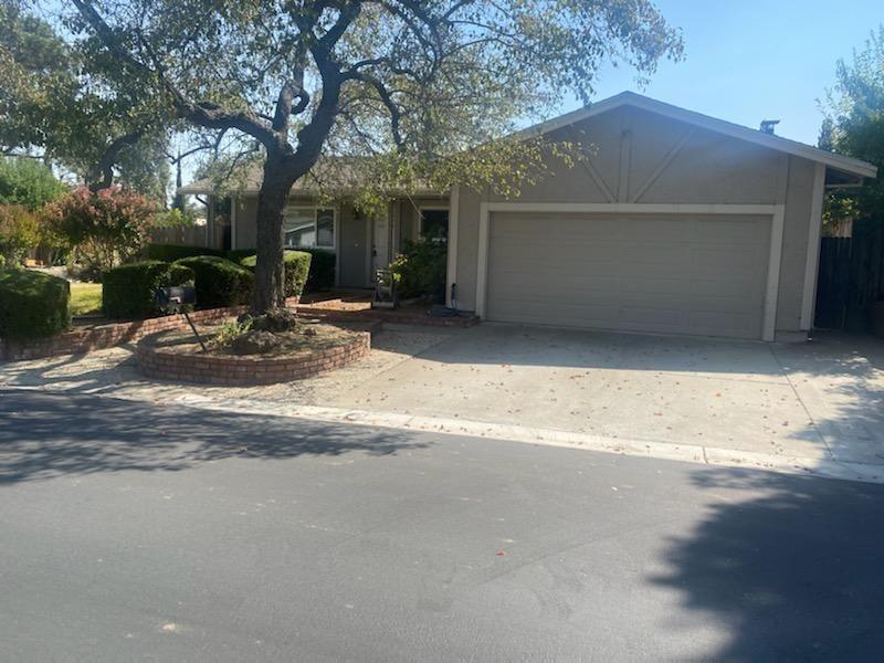 Photo for 1072 Primrose Lane, GILROY, CA 95020 (MLS # ML81862868)