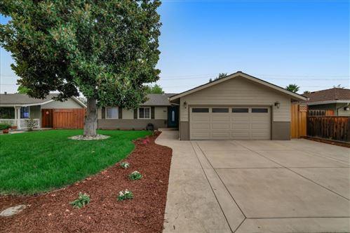 Photo of 1423 Bryan AVE, SAN JOSE, CA 95118 (MLS # ML81807872)