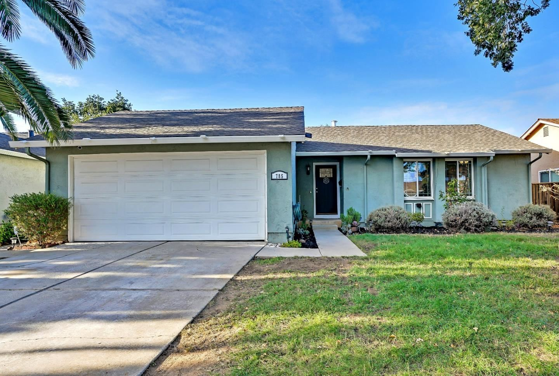 Photo for 785 Stardust Lane, SAN JOSE, CA 95123 (MLS # ML81866872)