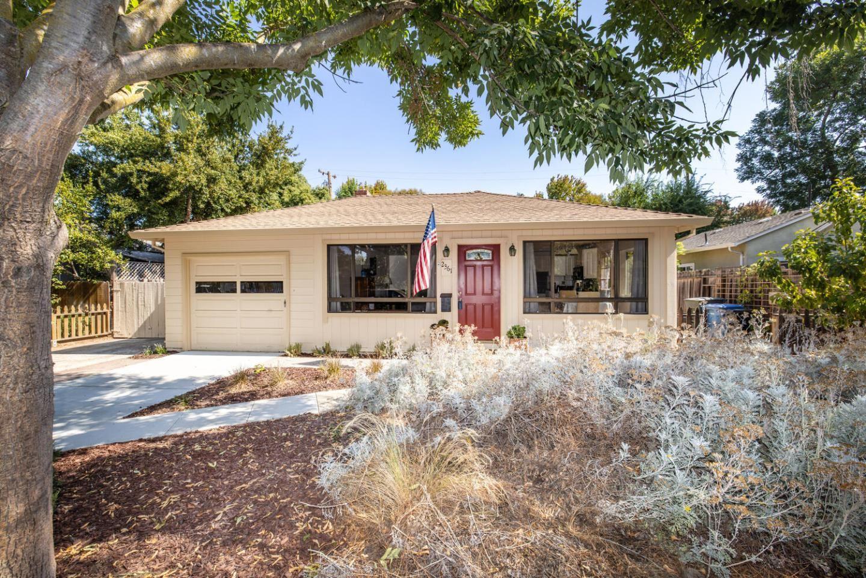 Photo for 2361 Carmel Drive, PALO ALTO, CA 94303 (MLS # ML81861873)