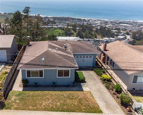Photo of 452 Heathcliff Drive, PACIFICA, CA 94044 (MLS # ML81841874)