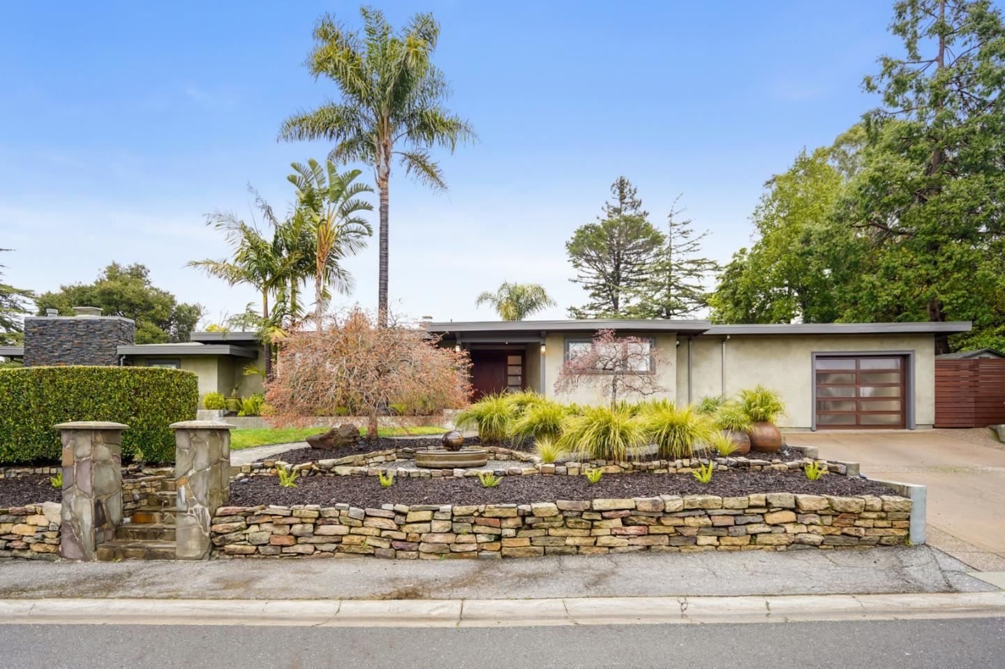 Photo for 2761 Summit DR, BURLINGAME, CA 94010 (MLS # ML81833874)
