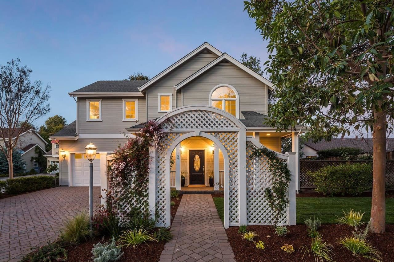 Photo for 166 Centre Street, MOUNTAIN VIEW, CA 94041 (MLS # ML81864875)