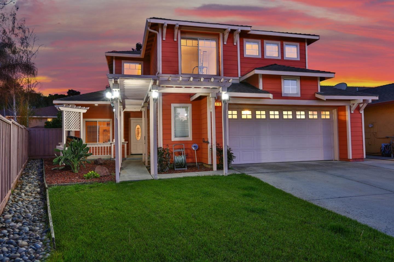 Photo for 772 Vinca CT, GILROY, CA 95020 (MLS # ML81836876)