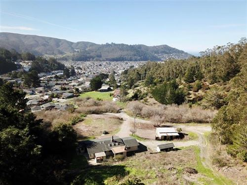 Photo of 6 Hinton Ranch RD, PACIFICA, CA 94044 (MLS # ML81837878)