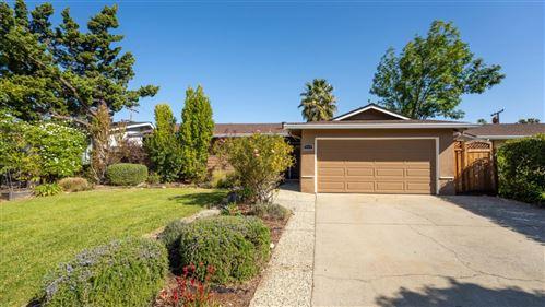 Photo of 1713 Canna LN, SAN JOSE, CA 95124 (MLS # ML81838878)