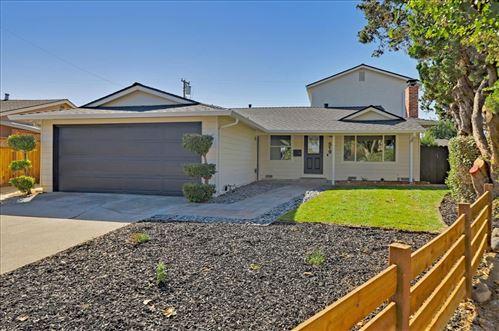 Photo of 519 Cheyenne Lane, SAN JOSE, CA 95123 (MLS # ML81862878)
