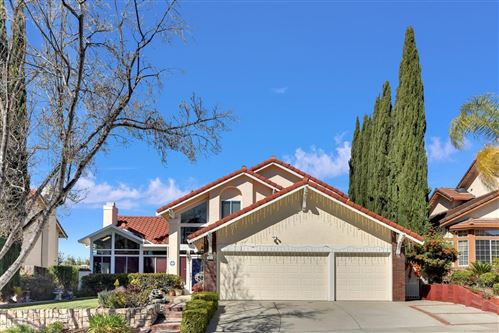 Photo of 2305 Glenview DR, MILPITAS, CA 95035 (MLS # ML81838879)