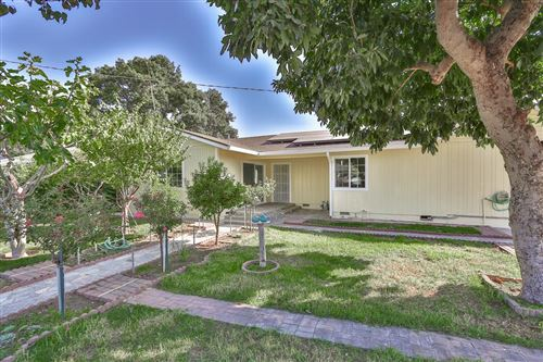 Photo of 2284 Addison AVE, EAST PALO ALTO, CA 94303 (MLS # ML81817880)