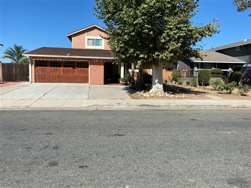 Photo of 2667 Toy LN, SAN JOSE, CA 95121 (MLS # ML81815881)