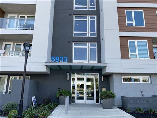 Photo of 5933 Sunstone DR 409 #409, SAN JOSE, CA 95123 (MLS # ML81813883)
